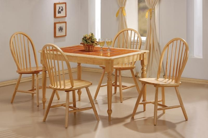 Damen Dining Table