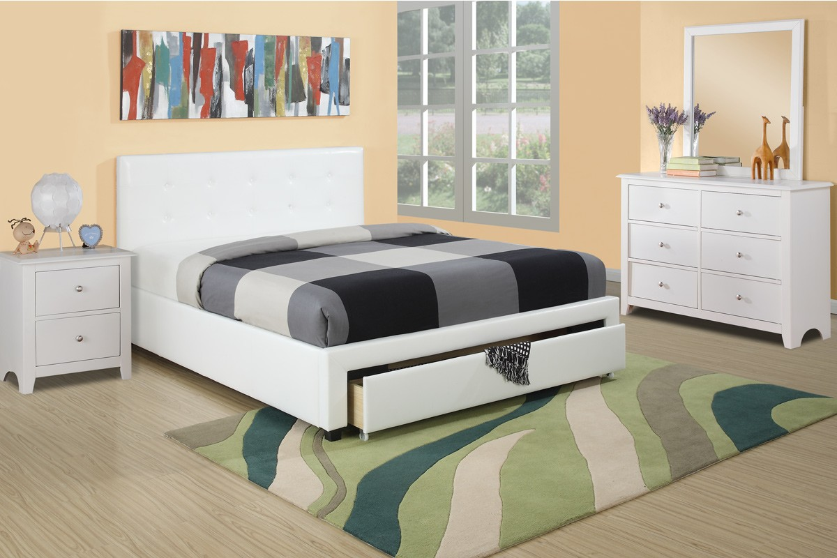 Clarice 4pc. Platform Bedroom Set with Drawer