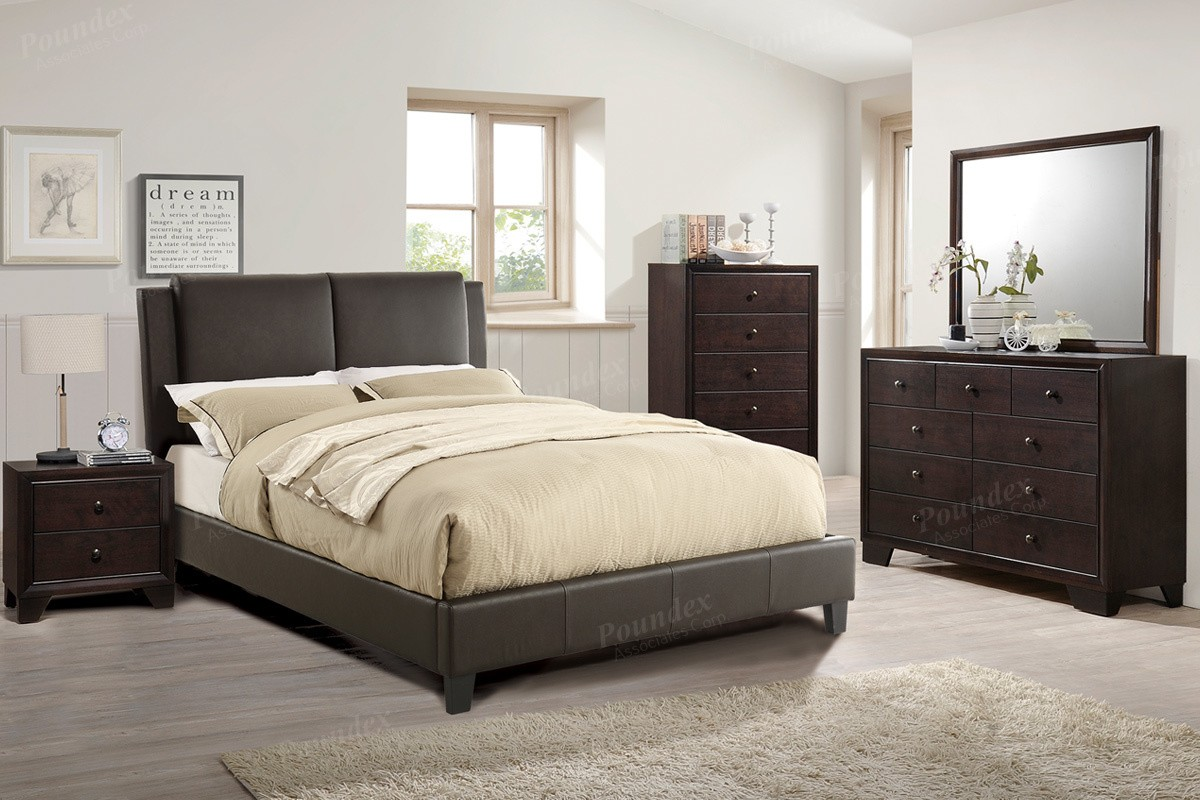 Corbin 4pc. Queen Platform Bedroom Set