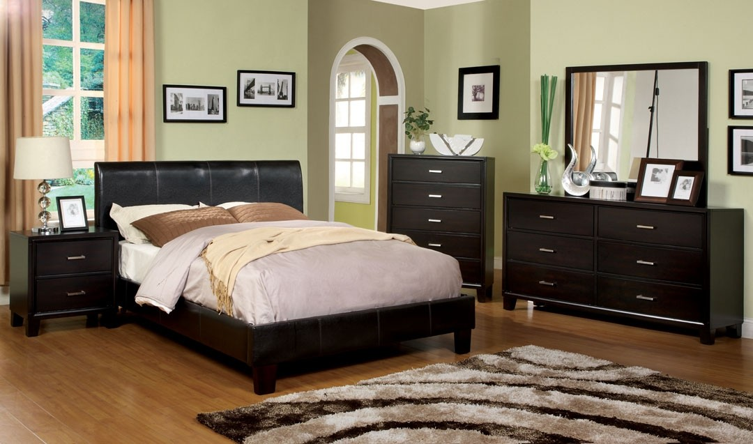 Villa Park Bedroom Set