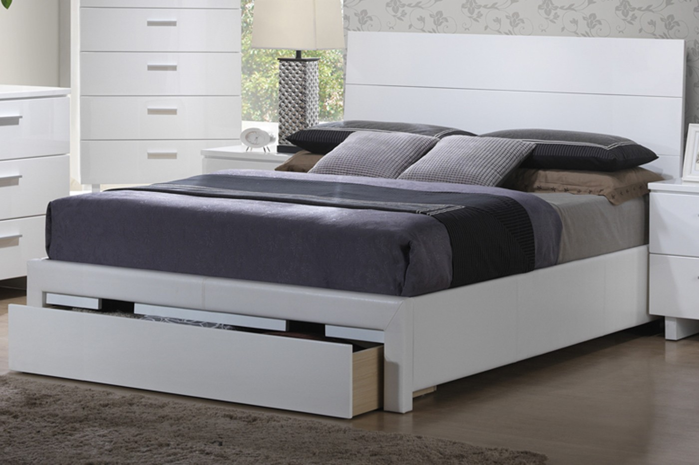 Whitney Queen Bed With Storage Bedroom