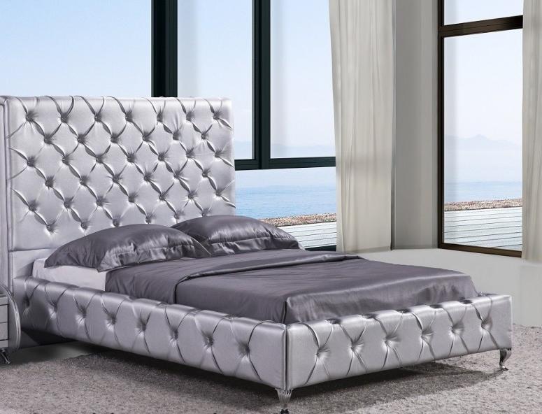 Crysta Queen Platform Bed Silver Bedroom