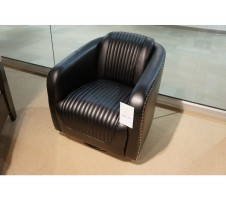 Moderne Black Swivel Chair