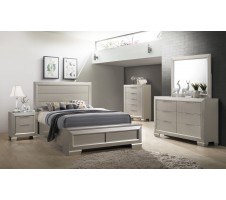 SALE! 4pc. Paloma Queen Bedroom Set with Footboard Storage Bench