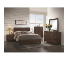 Spruce 4pc. Queen Bedroom Set